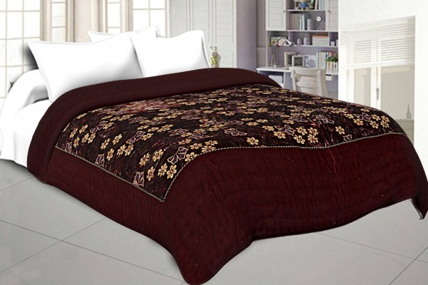 Jaipuri Hand Crafted Floral Print Velvet Double Quilt/Rajai