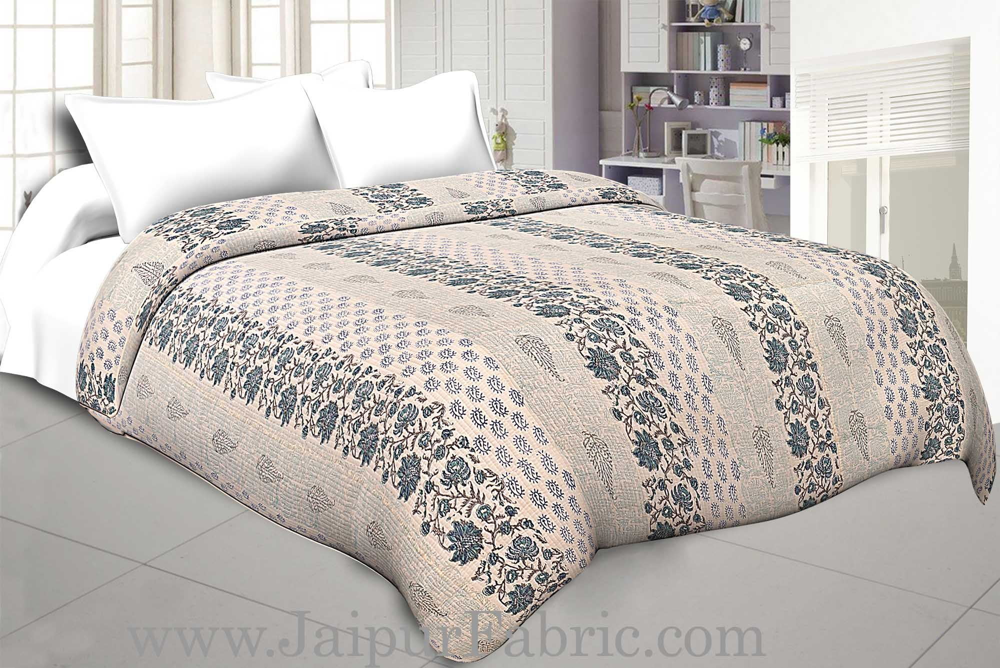 Multi Color Patchwork Single Sided Printed Blue Floral Double Bed Comforter