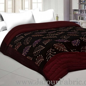 Red Floral  With  Leaf Print  Velvet(Shaneel) Double  Bed Quilt
