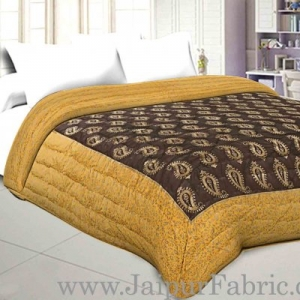 Jaipuri Printed Double Bed Razai Golden Yellow and black with Paisley pattern