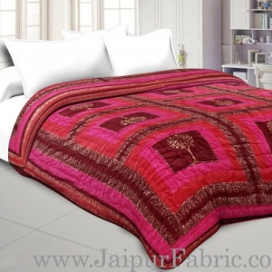 Magenta And Orange  Base Check Golden Print Fine Cotton Double Quilt