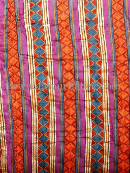 Magenta  Purple Broad Line  Golden Print Fine Cotton Double Quilt