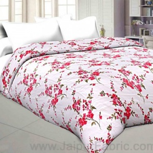 Muslin Cotton Double bed Reversible mulmul Dohar in Red floral print