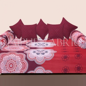 Maroon Border Rangoli Print Cotton Diwan Set