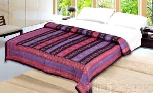 Magenta  Purple Broad Line  Golden Print Fine Cotton Double Quilt