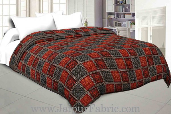 Double Bed Quilt Check & Dabu With Elephant And Camel Print Cotton (Multicolour)