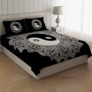 Doordarshan Print Black & White Bedsheet