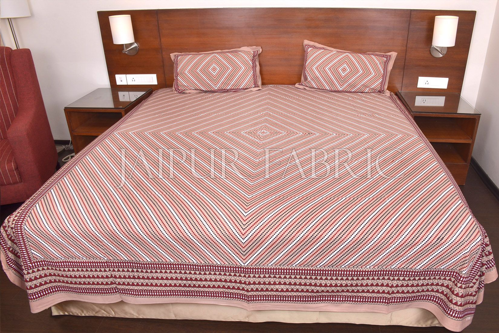 Brown Zick Zack Print Double Bed Sheet
