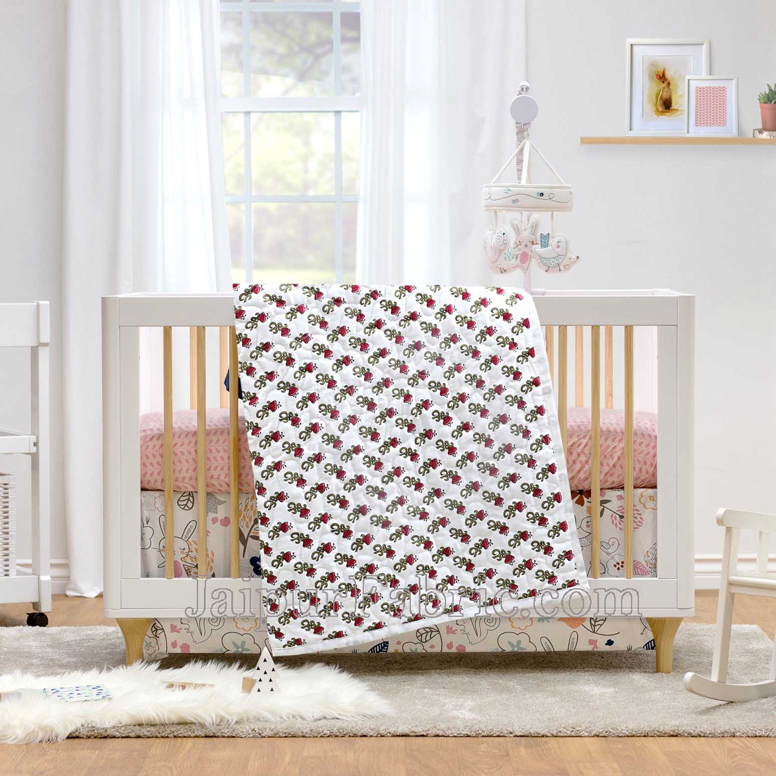 Baby Blanket Newborn Red & Green Soft Crib Comforter and Toddler Swaddling Blankets for Babies 120 x 120 cm Colourful White Base Baby Quilt