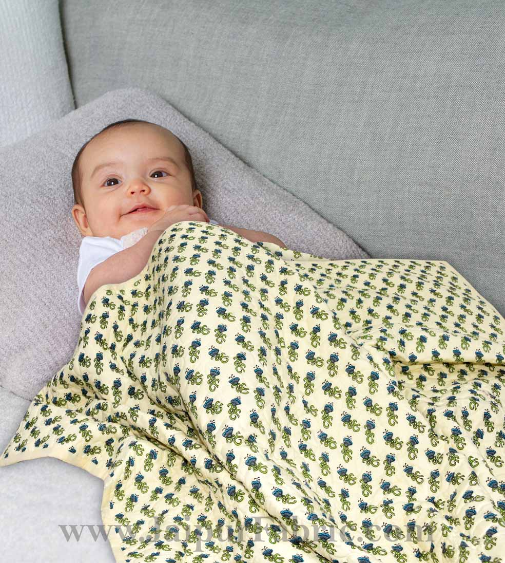 Baby Blanket Newborn Green & Grey Soft Crib Comforter and Toddler Swaddling Blankets for Babies 120 x 120 cm Colourful Cream Base Baby Quilt
