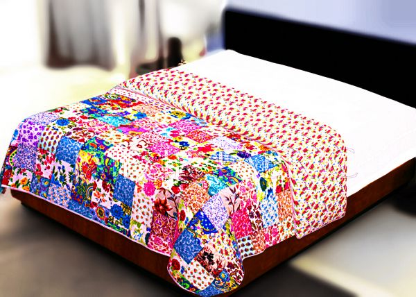 Multi Color Patchwork Double Sided Printed Red Floral Double Bed Comforter