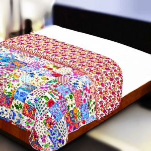 Multi Color Patchwork Double Sided Printed Floral Print Double Bed Comforter
