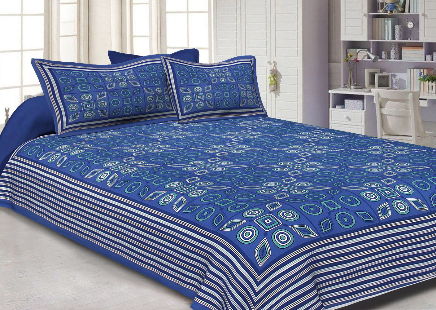 Blue Geometric Printed Cotton Double Bed Sheet