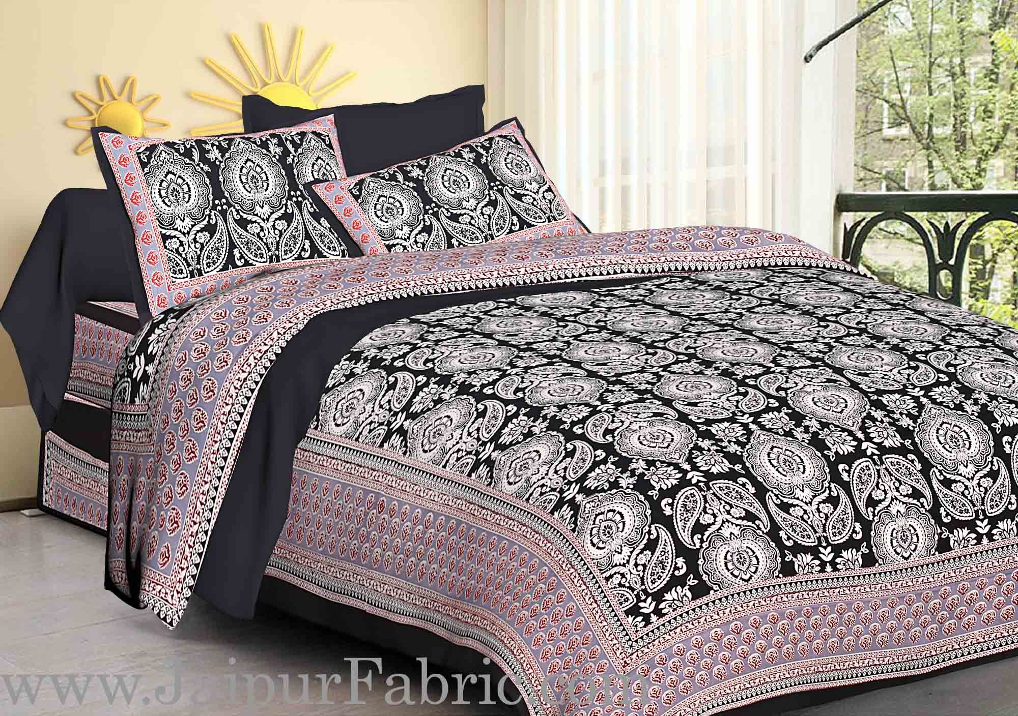 Black  Border Large Booty Print Cotton Double Bed Sheet