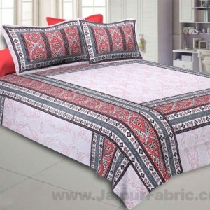 Artistic Quadrangle Red Double Bedsheet