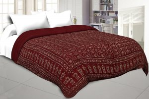 Maroon Base Golden Print Fine Cotton Double Quilt