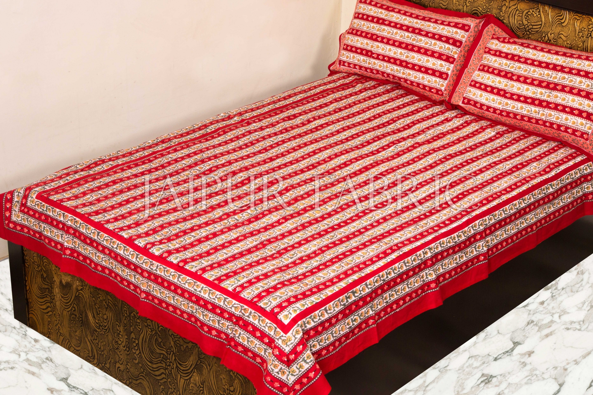 Beautiful Red Vertical Print Single Bed Sheet with Two Pillow Covers