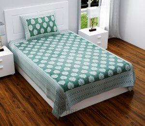 Green Traditional Badge Single Bedsheet