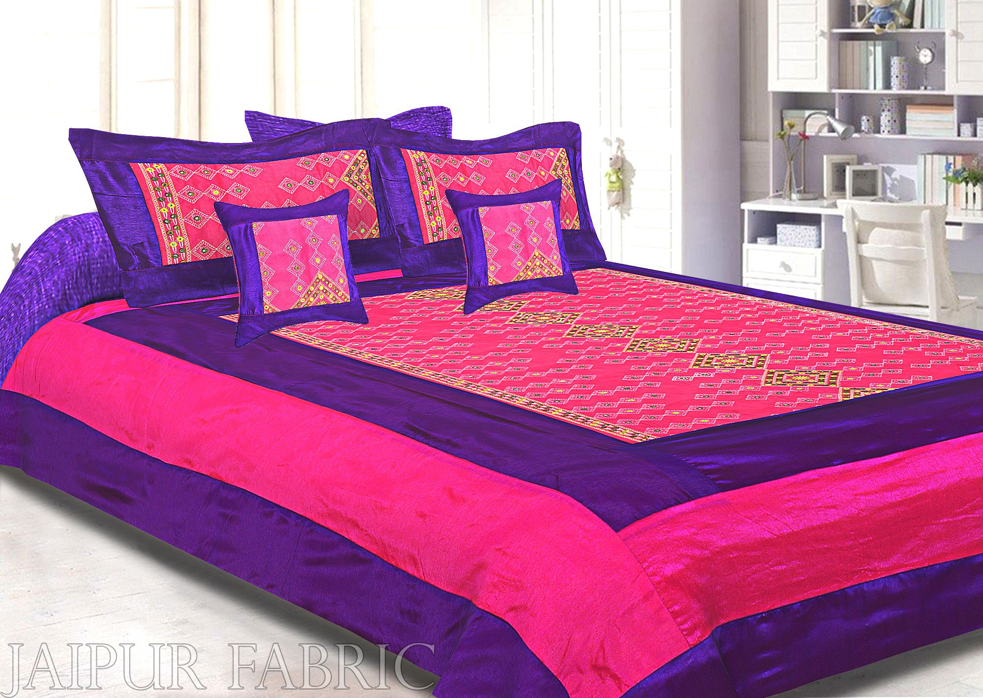 Purple And Rani Border Rajwada Pattern Silk Double Bedsheet