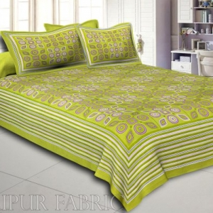 Green Geometric Printed Cotton Double Bed Sheet