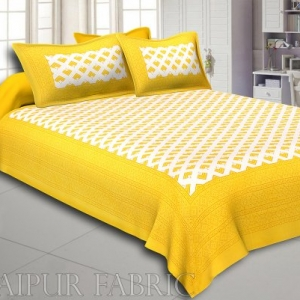 Yellow Border Arrow Pattern Screen Print Cotton Double Bed Sheet